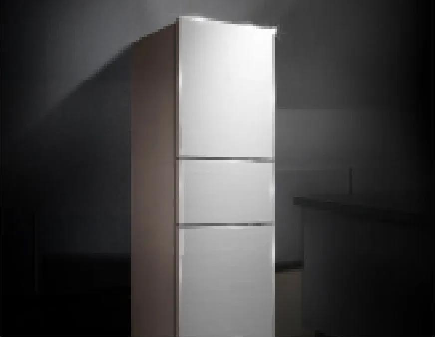 美的风冷三门冰箱